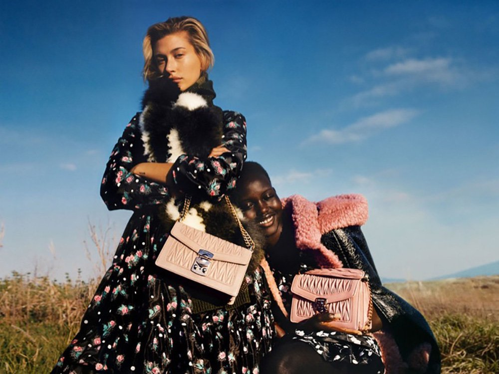 Fall/Winter 19 Glow - Extravagant Fashion Campaigns